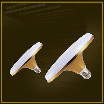 LED日光灯由多个超色度小输出功率LED